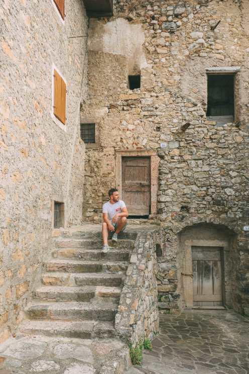 Красивое Лаго Ди Тенно, Каскате дель Вароне и завершение Виа Феррата на озере Гарда, Италия (19)