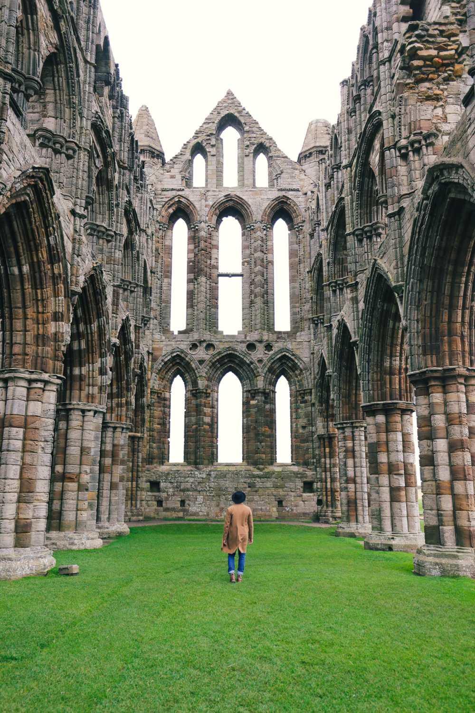 Изучение древней Англии - залив Робин Гуда и аббатство Уитби (36)