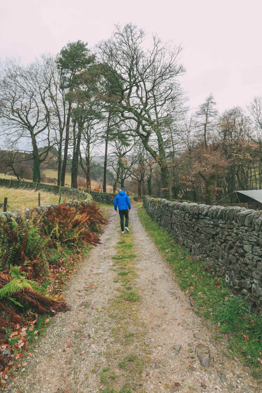 В Пик-Дистрикт, Англия, в поисках сафари и лука Робин Гуда (33)