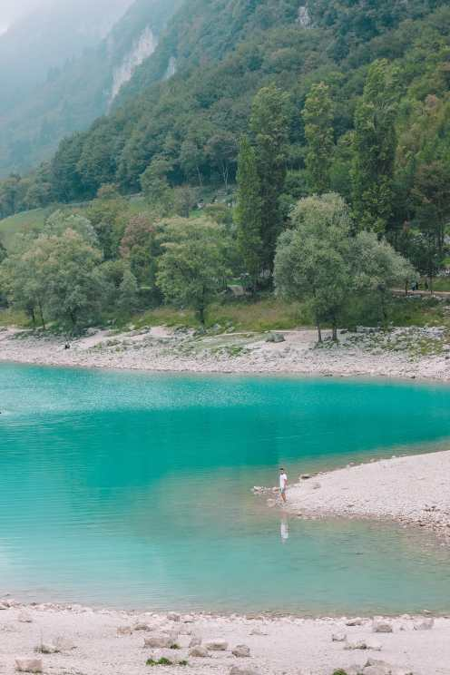 Красивое Лаго Ди Тенно, Каскате дель Вароне и завершение Виа Феррата на озере Гарда, Италия (22)