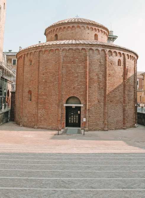 Почему вам нужно посетить Древний город Мантуя, Италия (20)