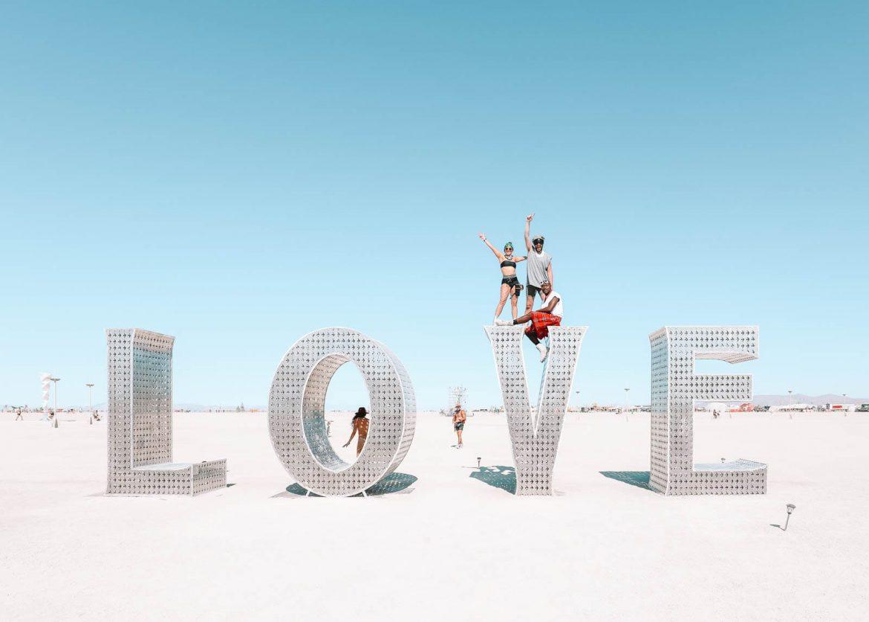 Руководство по Burning Man для новичков (все, что вам нужно знать) — только ручная кладь