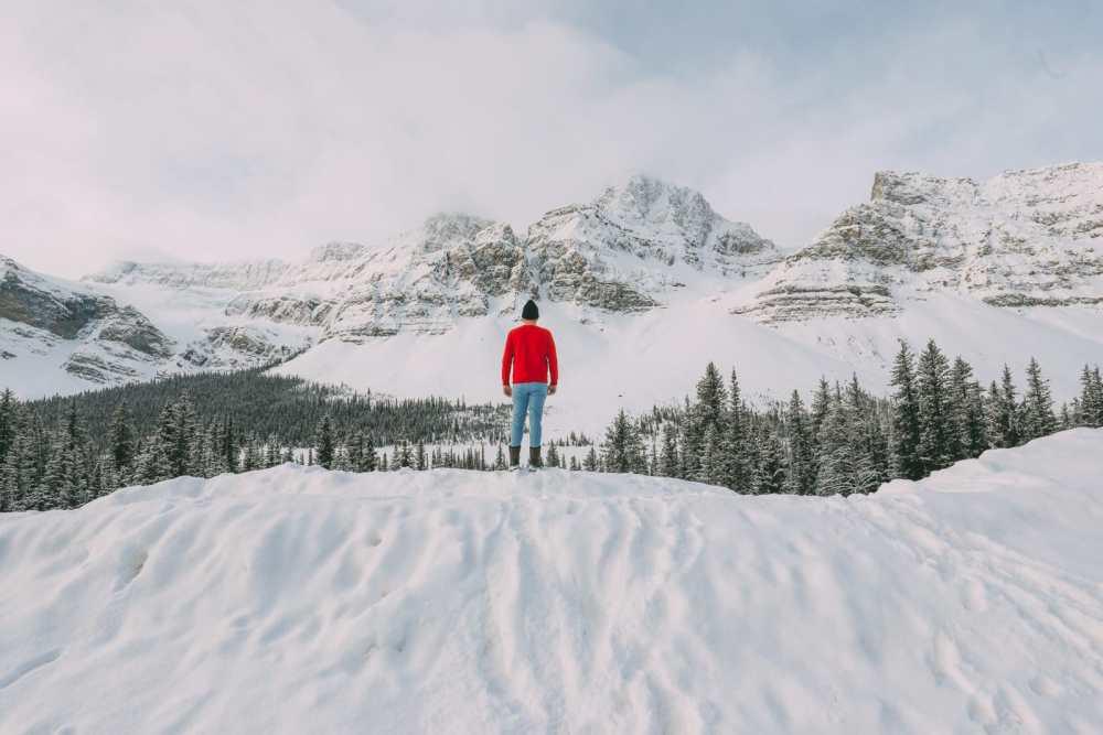 Езда по эпической бульваре ледяных полей Канады и поиск замороженных пузырей озера Абрахам (8)