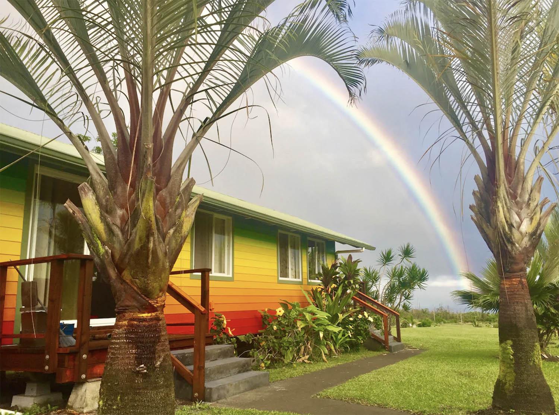Радужный коттедж на Гавайях airbnb