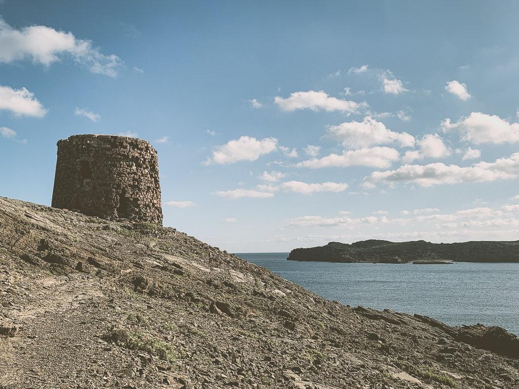 Реставрация оборонительных башен на Менорке