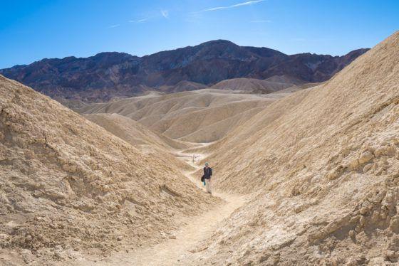 Поход по Золотому каньону в Долину Смерти