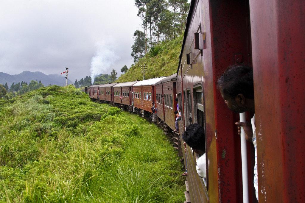 Негомбо в Канди на поезде