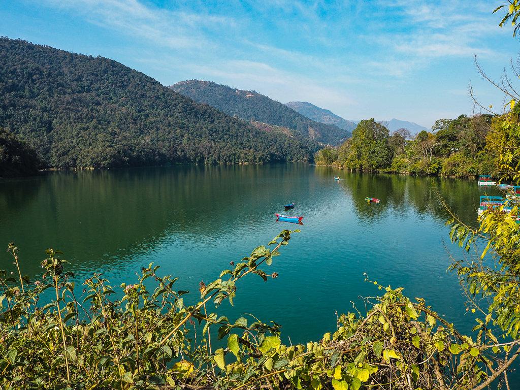 Озеро Пхева, Покхара, Непал