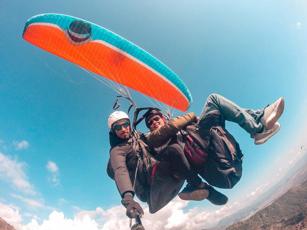 Полет на параплане в Покхаре, Непал