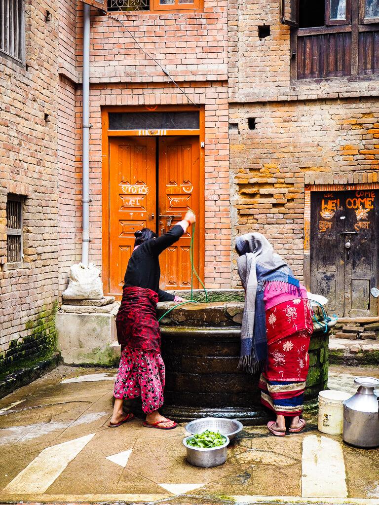 Места для посещения в Бхактапуре Непал 31