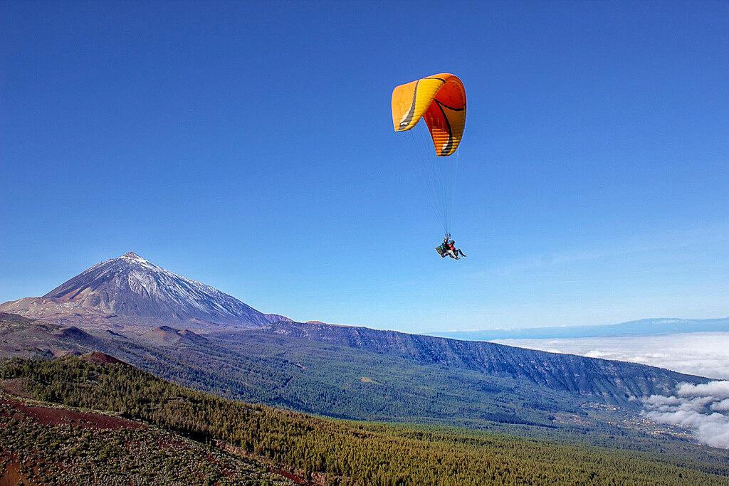 Полеты на параплане в национальном парке Тейде