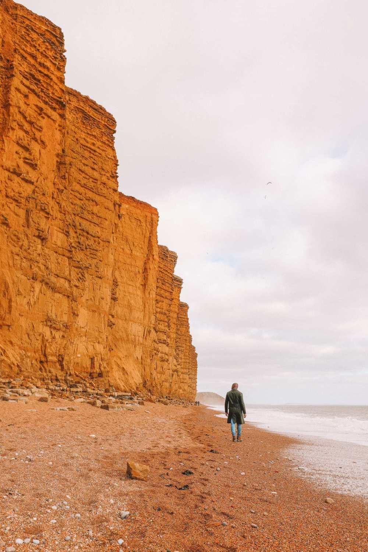 Поиск динозавров и окаменелостей на юрском побережье Англии (30)
