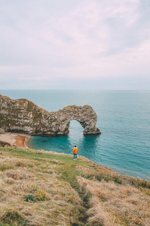 Удивительная 8000-летняя английская деревня и Дердл-Двер на юрском побережье Англии (35)