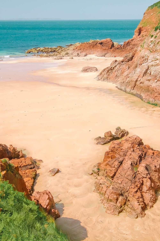 Пляж Греве-де-Лек в Джерси