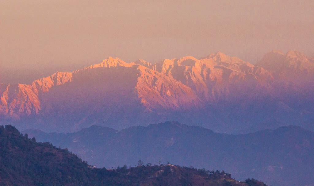 Вид на Гималаи из Нагаркота