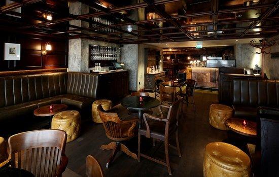 Секретные бары в Лондоне | Слепая свинья