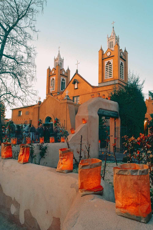 Католическая церковь в Альбукерке
