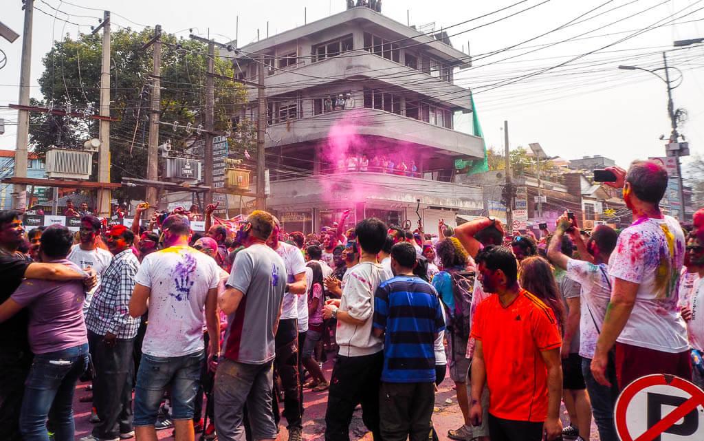 Холи в Покхаре