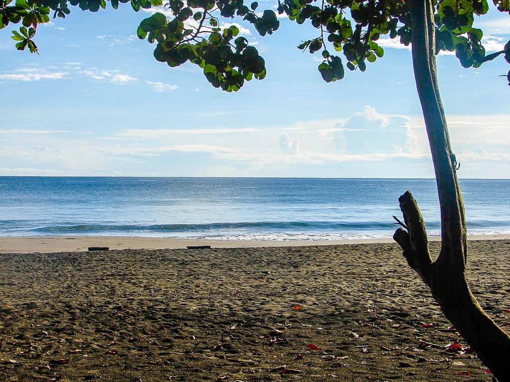 Плайя-Негра, Кауита, Коста-Рика