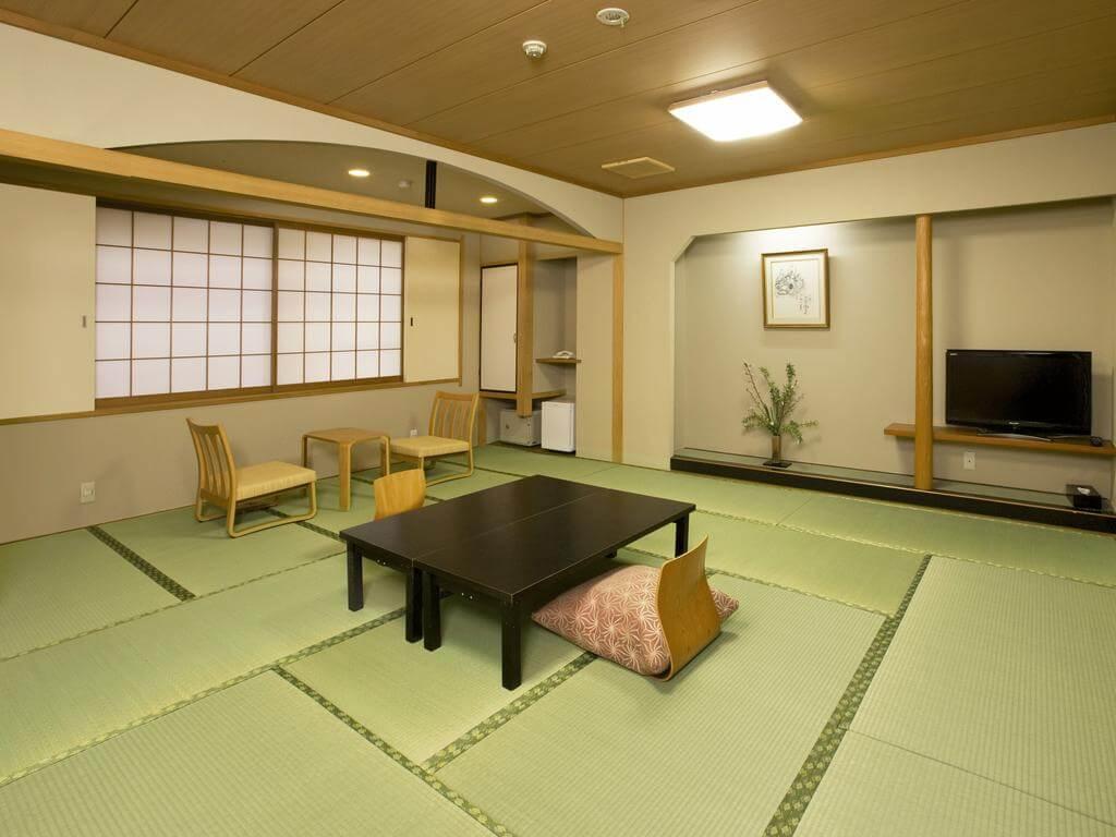 Hirashin Ryokan Kyoto