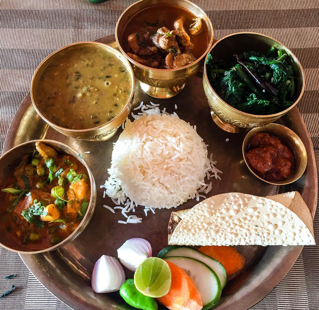 Тали на лесном курорте Гокарна, Катманду