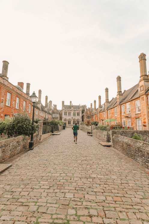 Vicar's Close в городе Уэллс, Англия