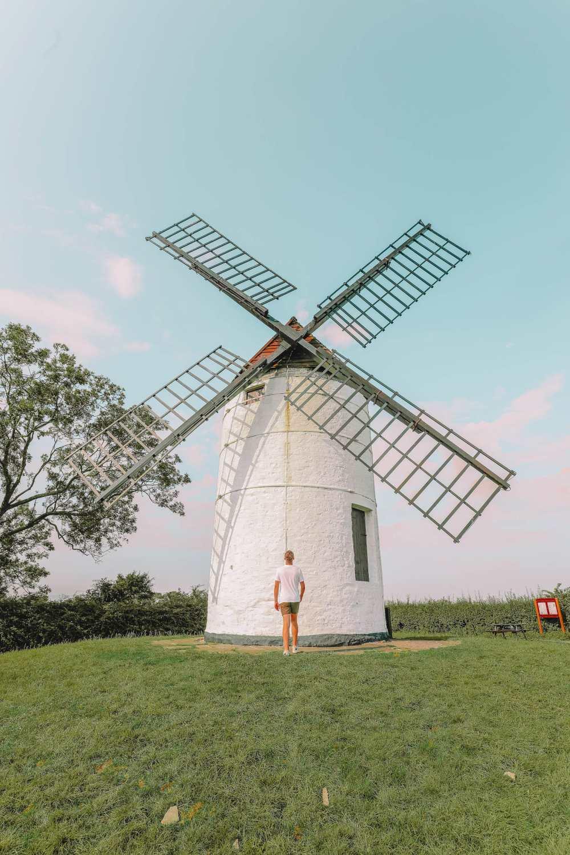Ветряная мельница Эштон недалеко от города Уэллс