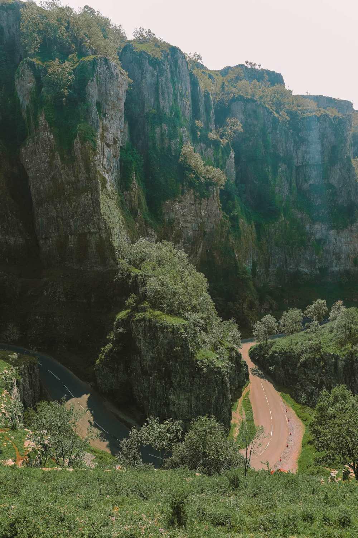 Ущелье Чеддер недалеко от города Уэллс
