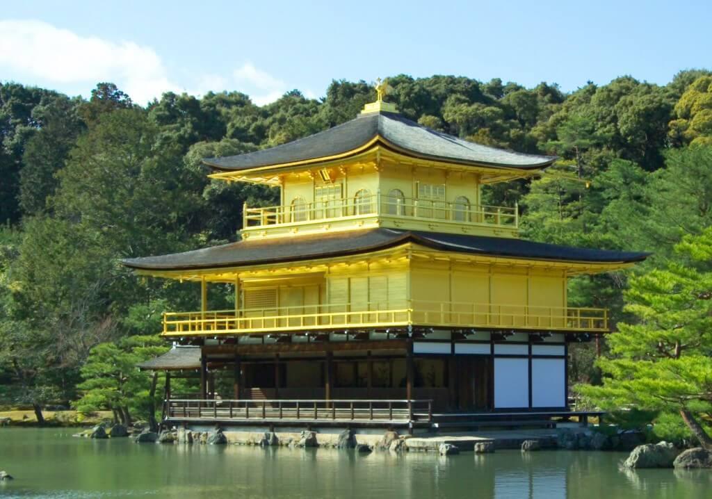 Золотой храм в Киото, Япония