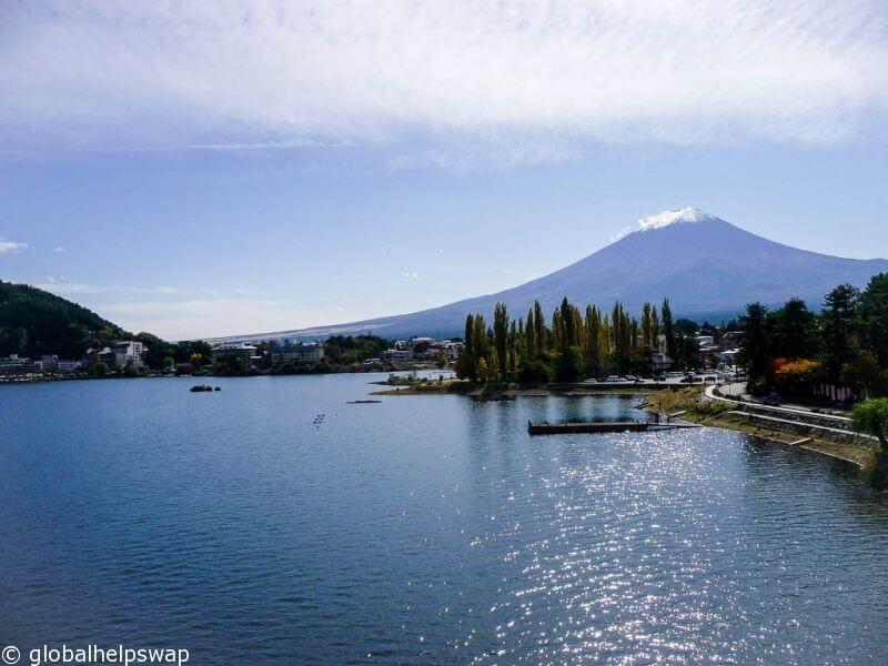 Кавагутико, чтобы посетить гору Фудзи
