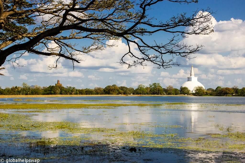 Места для посещения в Анурадхапуре, Шри-Ланка
