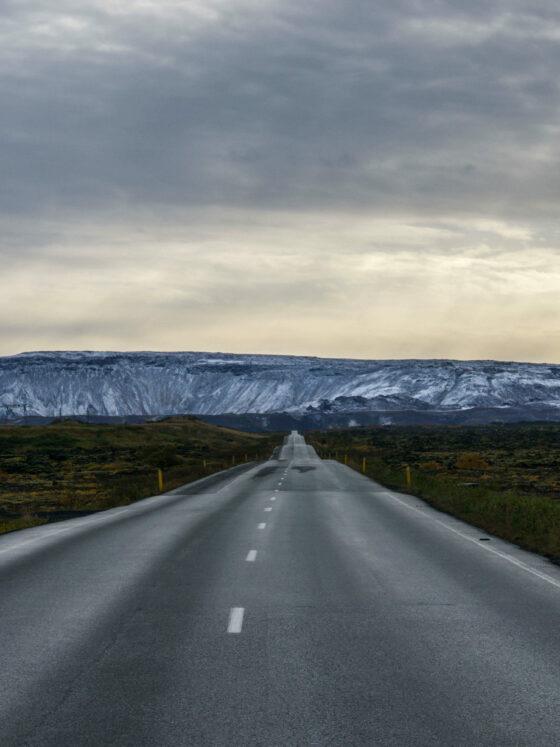 по исландским дорогам