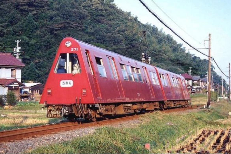 Тиранский «поезд тоблероне»