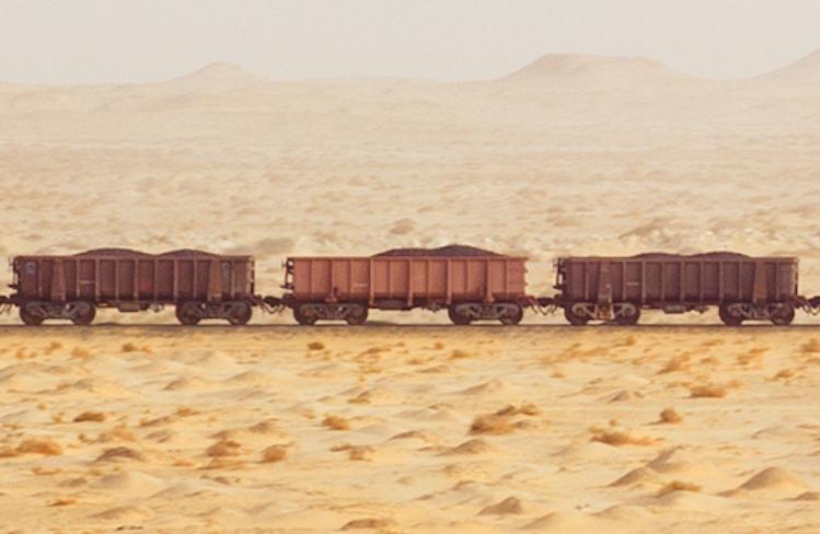 Как быстро сесть на грузовик с железной рудой