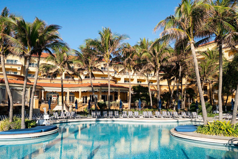 Выходные в Eau Palm Beach Resort & Spa